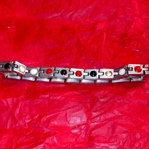 Beautiful reversible stainless steel bracelet